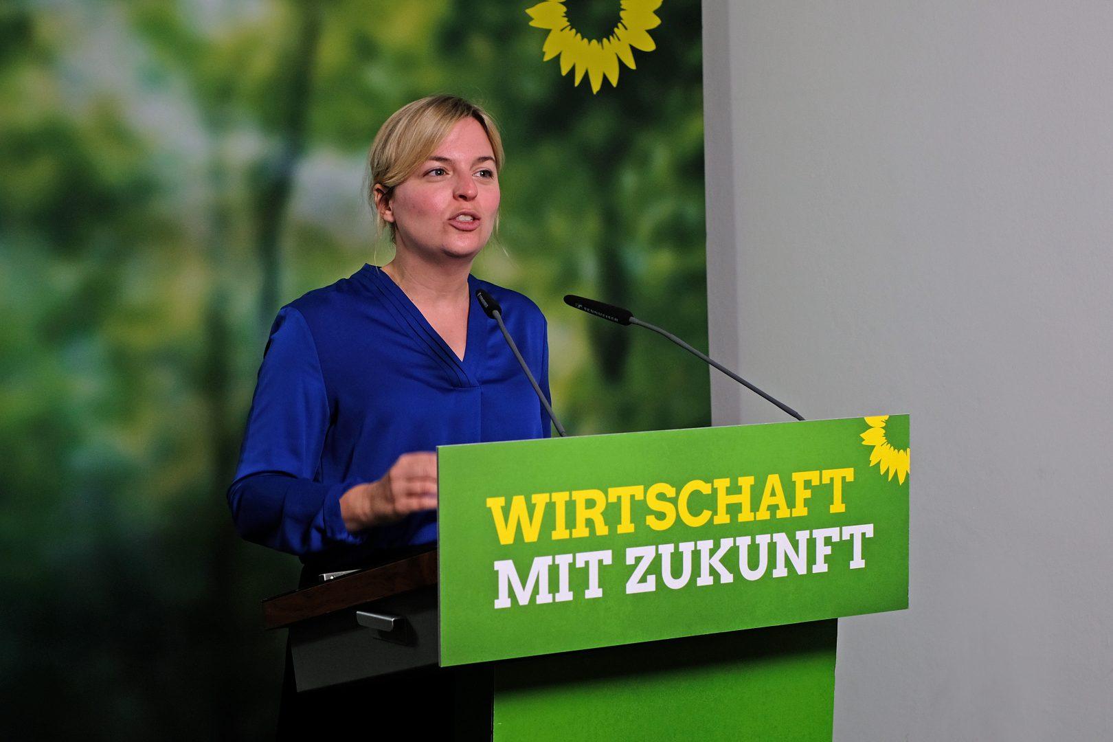 Fraktionsvorsitzende Katharina Schulze während ihrer Rede zur Wirtschaft mit Zukunft