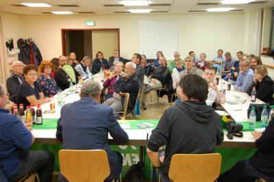 Impression von der Gründung des Ortsverbands Gochsenheim: Der Raum war sehr gut gefüllt.