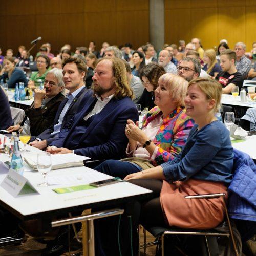Delegierte-im-Saal